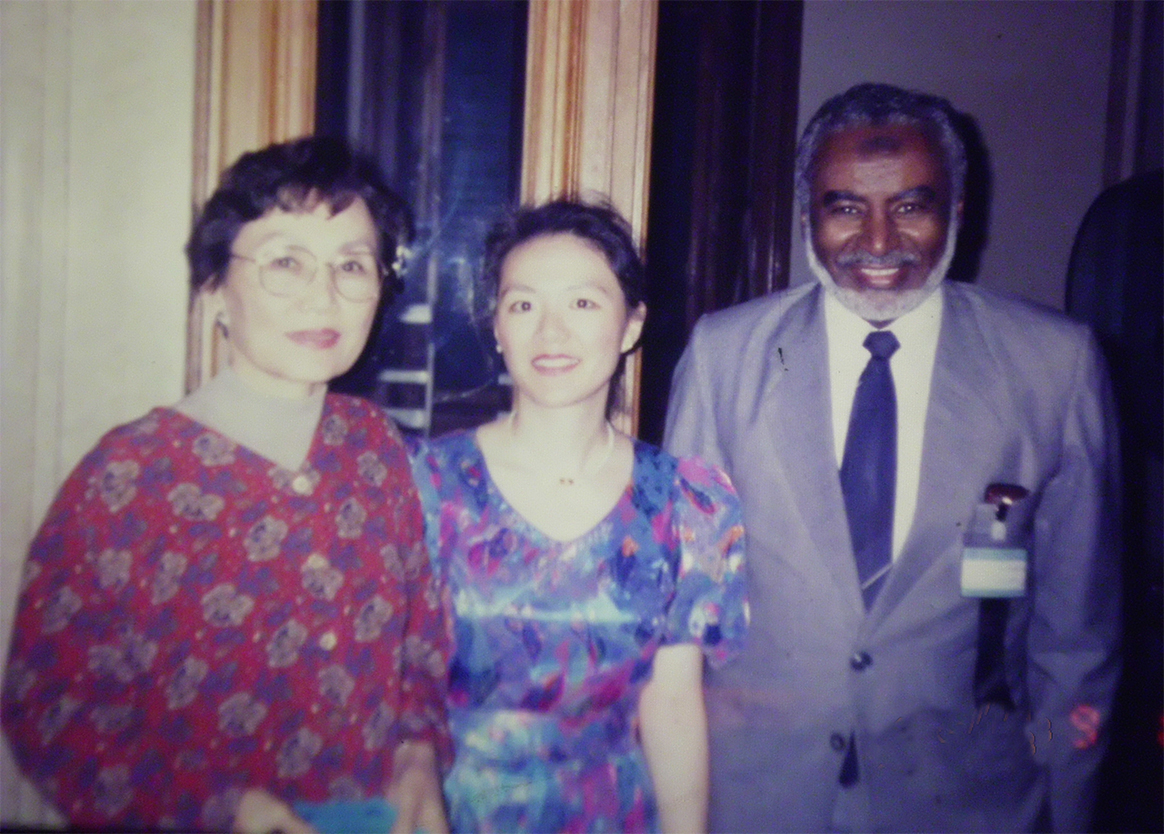Prof-Elsheikh-and-Dr.-Chun-Quan-Chun-from-the-NIH.-Attending-ISHAM-meeting-in-Canada-1991