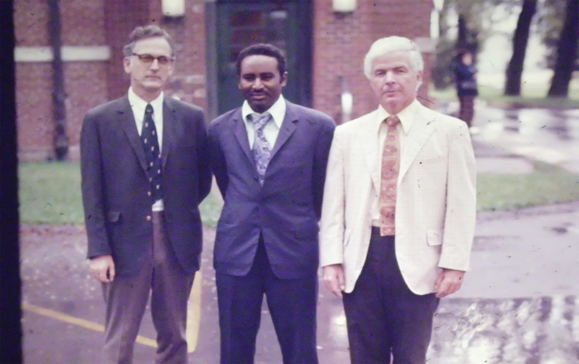 Prof-Elsheikh-visiting-professor-to-a-blastomycosis-hospital-in-Kentucky-USA-1974