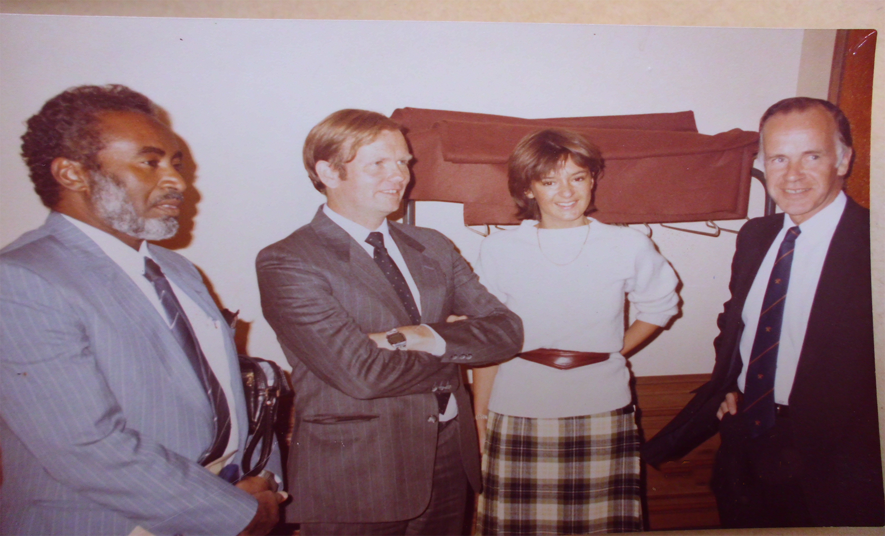 Prof-Elsheikh-with-friends-at-London-School-of-Tropical-medicine-and-hygiene.-Prof.-Hay-and-Dr.-Mckenzy-1978
