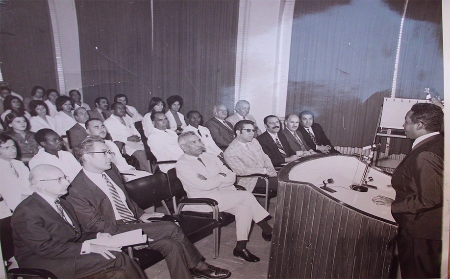 Prof-Elsheikh-training-doctors-and-technitians-during-a-WHO-workshop-Tehran-Central-Lab-Iran-1972